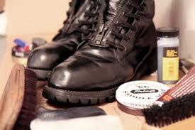 bootblacking